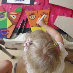 Nicole, Chris, Fabienne, Jacqueline: Kunst für die Kleinsten